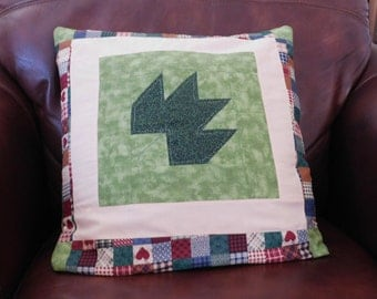 Quillow/Lap quilt or throw/Pillow The Country Leaf