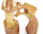 Sz 10 | vintage woven round toe wedge high heels leather shoes