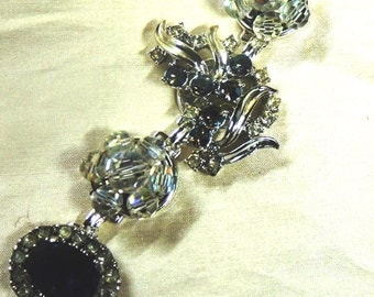 """Stunning Lady Diana vintage earring bracelet fits up to 7 1/2"""" Silver"""