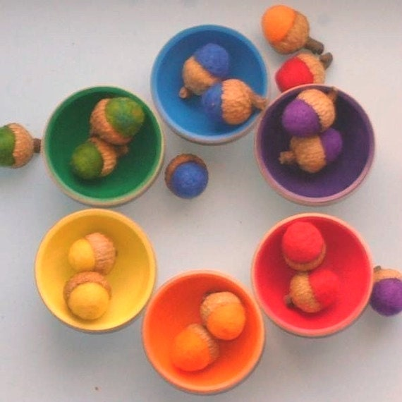 Rainbow Felted Acorns, Sorting Toy, 3 Sets of Ranbow Acorns (18), Waldorf Montesori Felted Educational preschool color Non toxic Natural Toy
