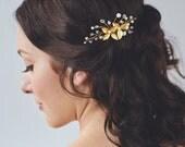 Gold Leaf Headpiece | Gold Wedding Hair Accessories | Gold Pearl Bridal Hair Comb [Linnea Hairpin]