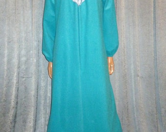 Vintage 70's - Quilted - Ruffled - Lace - Satin - Blue - Polyester Velour - Zip Front - Robe - Dressing Gown - House Coat - bust size 41""