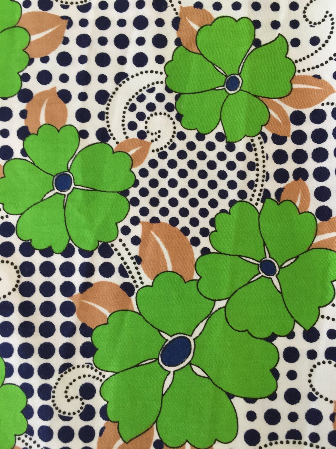 "70s ""Don't Look Over a 4-Leaf Clover""//Bold Indigo Polka Dots in 3-D Swirling Latticework// All Cotton//Vintage// 42"" w x 117"" long // BTY"