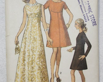 """Vintage 60's Simplicity Sewing Pattern 8498 Dress with Front Seam Interest and Round Neckline  Size 16 Bust 38"""""""