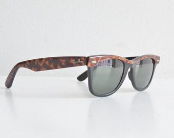SALE / Vintage 1980s original RAYBAN Wayfarer sunglasses
