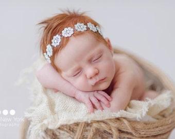 Newborn headband,newborn headband bow,newborn photo prop,newborn girl,newborn headbands baby girl,newborn rhinestone headband,newborn props