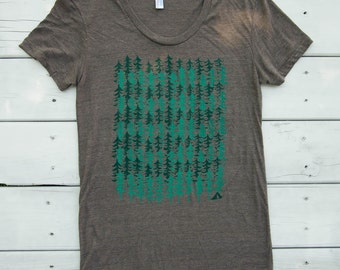 Forest Camping Pattern - Womens T-Shirt