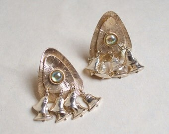 Deadstock mid century Mexican style clip on earrings