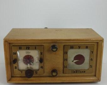 Vintage Radio Alarm Clock Electric Wood Telechron Travler Deco Numerals
