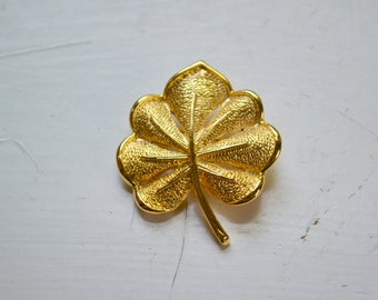 1960s Gold Leaf Brooch