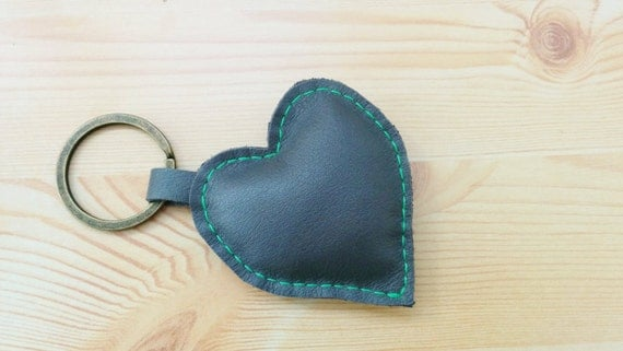 Leather keychain, leather keyring,heart keychain, heart keyring, grey heart keychain,grey heart keyring,gray heart leather,leather heart