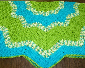 Chevron Star Round Ripple Throw Blanket - Turquoise and Lime - 40 inches