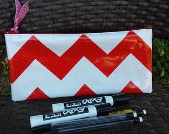 Zippered Oil Cloth Pouch-White with Red Chevron Zig Zag Cosmetic Bag--Purse Organizer--Retro Pencil Pouch