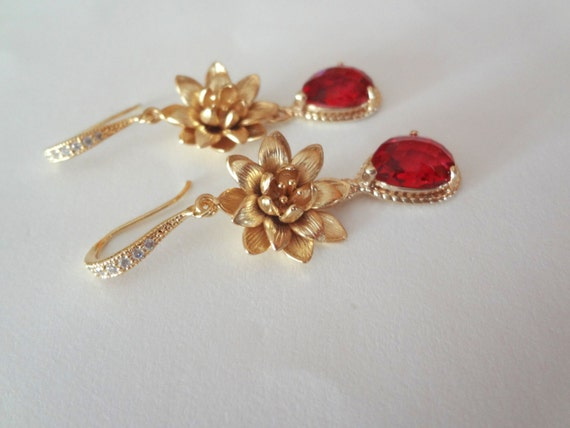 Ruby red earrings ~ Gold lotus Flower earrings ~ Bridal jewelry ~ Classy and rich looking ~  Bridesmaids ~ These would make a wonderful gift