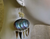 Shell Dangle Earrings Vintage 70s Abalone Articulated Freeform Boho Tribal Hippie Beachy Festival Natural Ocean Life Iridescent Triangles