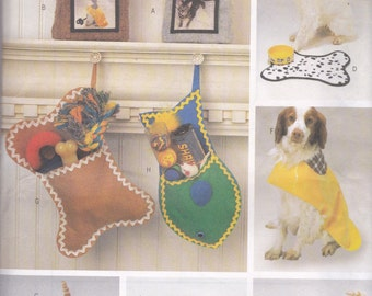 Pet Bed, Christmas Stocking, Picture Frame, Placemat, Raincoat Pattern Butterick 6797 Uncut