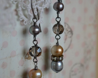 Simple Sweet vintage style pearl and crystal drops