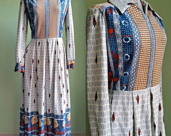 SALE / 1960's 70's Maxi Dress - Floor Length Hostess Dress - Large