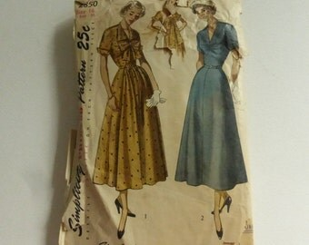 Antique Simplicity Pattern 2850 Misses Day Dress Size 16