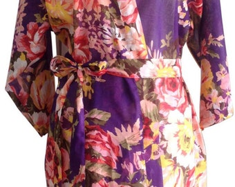 Bride Kimono robe - Bridesmaids Robes purple  - Floral robes blooms - Maid of honor -  Spa robe - Patterned Robe - Bridemaid gift robe