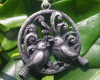 Lovebirds Green Hemp Necklace