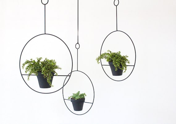 Hanging Plant Holder by SonadoraInLove on Etsy