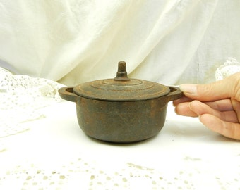 Small Antique French Cast Iron Cooking Pot, Le Creuset, Vintage Kitchenalia, Pan, Oven Dish, Shabby Cottage, Retro, Kitchenware, Kitchen