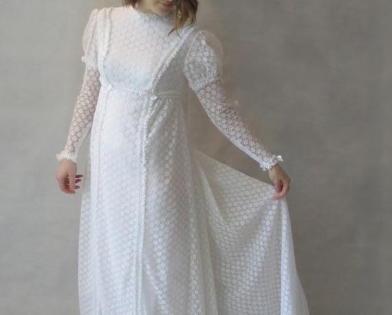 1960s 1970s Vintage Wedding Dress Juliet Sleeves Vintage