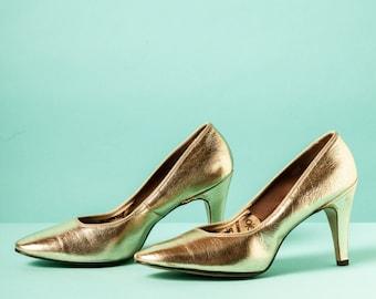 Vintage 1950s/60s gold stiletto heels / O'Connor & Goldberg / extra high heel / pin-up