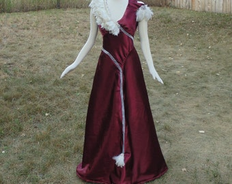 Women's size 8 Classic 1930's Night Club Singer in Wine Satin and Dramatic White Feathers
