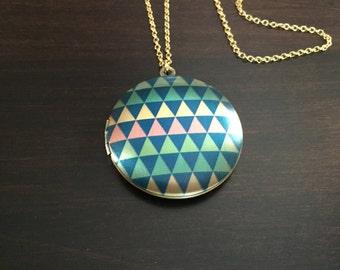 gold locket necklace, gold locket, locket, locket necklace, colorful locket, gold necklace, necklace