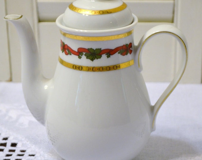 Vintage Mitterteich Teapot Small Size White Green Red Holly Bavaria Germany PanchosPorch