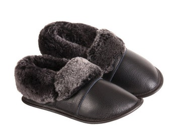 "Sheepskin Slippers, ""Leather Lazybones - Black silverfox"""
