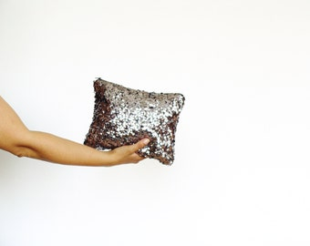 Sequin clutch bag, metallic silver sequin clutch, wedding party clutch