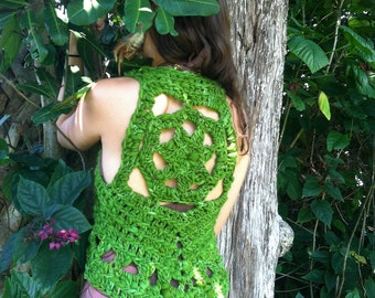 Forest green vest made with handspun handdyed wool