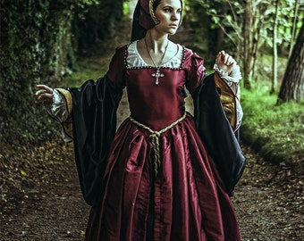 10% off! Custom made Tudor gown and headpiece in different colours - Reenactment Historical costume 16th century Anne Boleyn Renaissance