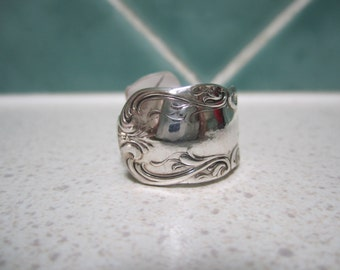 Vintage Spoon Ring - Size 9