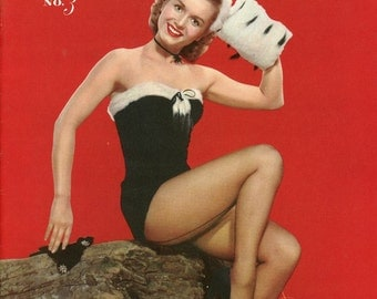 Photoplay Pinups #3 Magazine 1953  Marilyn Monroe Janet Leigh  Rita Hayworth  Anne Francis  Debbie Reynolds Hollywood Stars from the 1950's