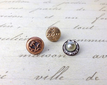 3 Small Antique Metal Buttons 11 mm