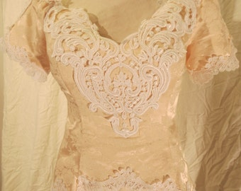 """Size 12 1980s Peach Brocade Off the Shoulder Prom Dress w/ Short Sleeves, Fitted Bodice, Cluny Lace, Below Knee Skirt, """"Scott McClintock"""""""