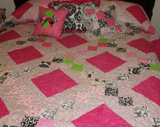 Handmade Quilt, Twin size quilt, Full size quilt, Queen size quilt, King size quilt, Girls quilt, Pink quilt, Pink and black damask quilt