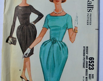 Vintage McCalls 6523 Sewing Pattern 1960's Misses' and Junior Dress With Petticoat