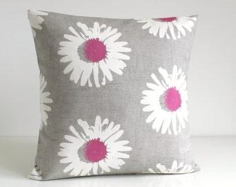 Daisy Pillow Cover, Cotton Pillow Cover, Pillow Covers, Pink Pillow Sham, Pink Cushion Cover, Sofa Pillows, Toss Pillows - Daisies Rose