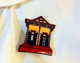 New Orleans Shotgun House in Gold and Mulberry – Ursulines St. Pin