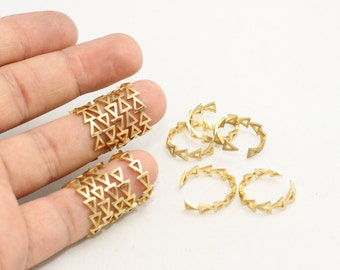 10 Pcs Raw Brass Triangle Rings, Triangle Jewelry, Raw Brass Rings, Adjustable Ring, LA38