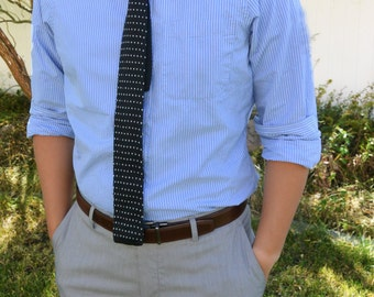 Black with White Dots Knit Tie, Triangles Knit Tie, Knit Tie, Polka Dots Tie,  Black and White Knitted Tie