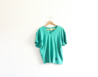 Sporty Teal 90s Jersey Tee