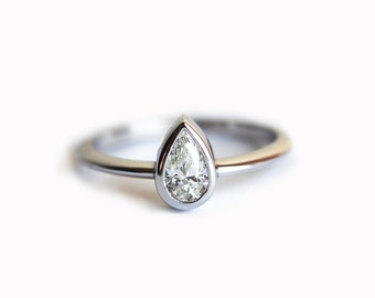 14k Gold Diamond Ring, Pear Engagement Ring, Engagement Diamond Ring, White Gold Diamond Engagement Ring, Solitaire Diamond Ring, Pear Ring