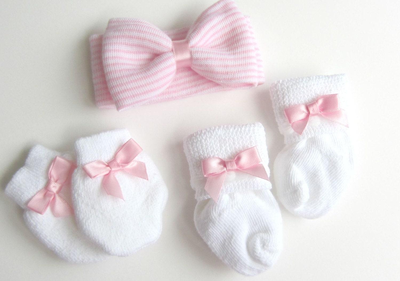 Baby girl Headband Newborn Headband Bow by PinkandBlueBonnets