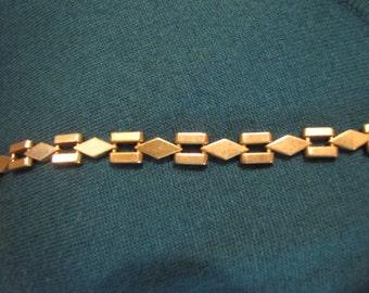 Silvertone Metal Choker Diamond and Bars Links